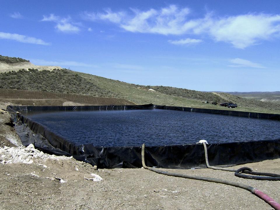 Portable frac pond containment vpondz vz environmental for Portable fish pond