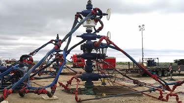 Red Sling Oilfield Pipe Restraints
