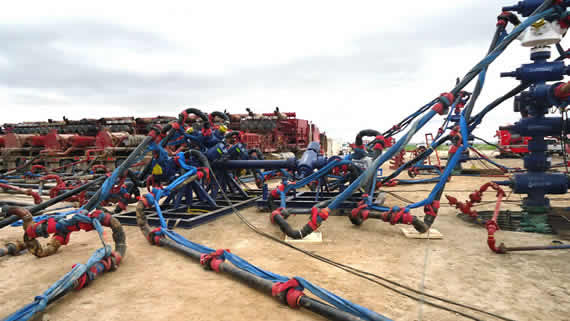 frac pipe blowout restraints